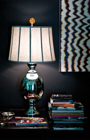 hillary thomas designs lamp with finial